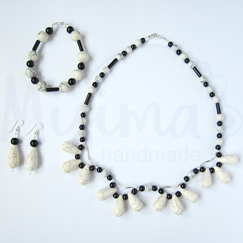 Дамски комплект колие, гривна и обеци от бял тюркоаз, туркенит, оникс и сребро