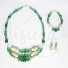 Дамски комплект колие, гривна и обеци от зелен авантюрин, бял тюркоаз и сребро