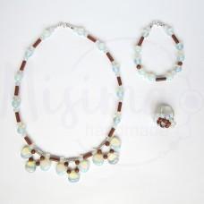 Дамски комплект колие, гривна и пръстен от опал, пустинен пясък и сребро