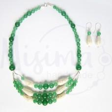 Дамски комплект колие и обеци от зелен авантюрин, бял тюркоаз и сребро