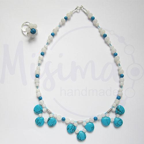 Дамски комплект колие и пръстен от бял ахат, син тюркоаз и сребро