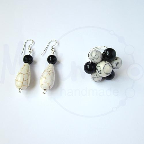 Дамски комплект обеци и пръстен от бял тюркоаз, туркенит, оникс и сребро