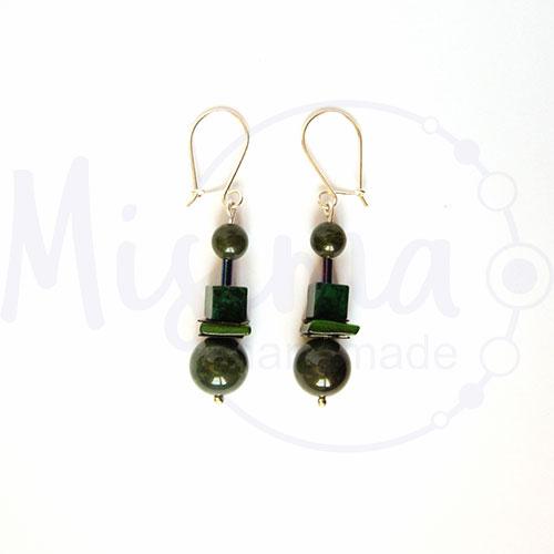 Дамски обеци от зелен мъхест ахат, мрамор изумруд, седеф и сребро