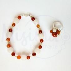 Дамски комплект гривна и пръстен от бял ахат, червен сардоникс и сребро