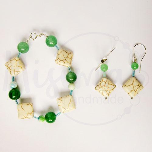 Дамски комплект гривна и обеци от бял тюркоаз, зелен авантюрин и сребро