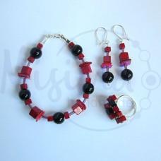 Дамски комплект гривна, обеци и пръстен от оникс, седеф, мрамор корал и сребро