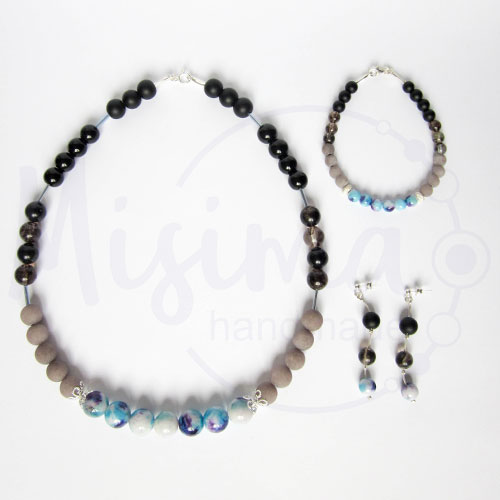Дамски комплект колие, гривна и обеци от оникс, сив нефрит, черен мъхест кварц, камък дъга и сребро