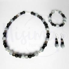 Дамски комплект колие, гривна и обеци от оникс, черен мъхест кварц, персийски нефрит и сребро