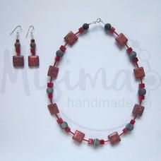 Дамски комплект колие и обеци от червен тюркоаз, кафяв ахат, мрамор корал и сребро
