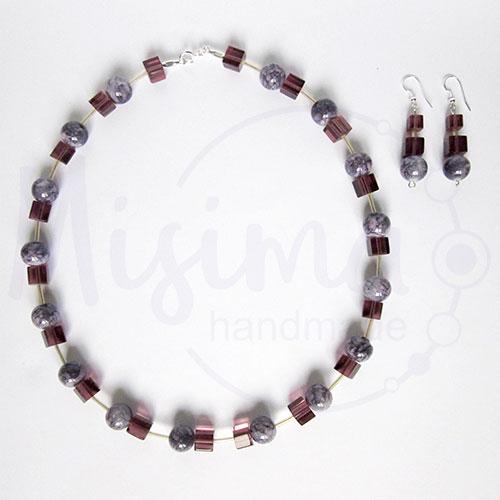 Дамски комплект колие и обеци от пурпурен ахат, стъклени кристали и сребро