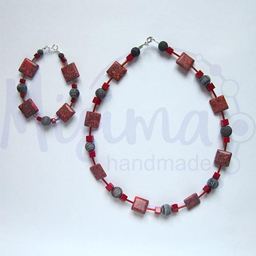Дамски комплект колие и гривна от червен тюркоаз, кафяв ахат, мрамор корал и сребро